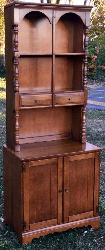 Young Hinkle Maple Hutch Cabinet. Young Hinkle Maple Hutch Cabinet   Stock Swap Furniture Consignment