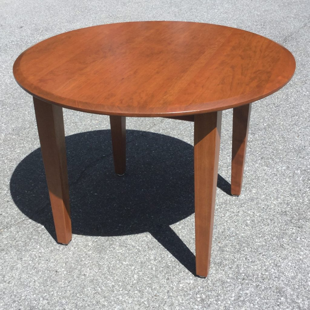 Amish Made Cherry Table With 4 Chairs Stock Swap Furniture Consignment